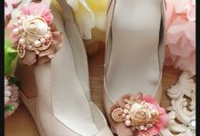 Flowery Shoeclips by Cherry's  Handmade
