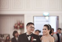 Holy Matrimony and The Reception of Glen & Putri by Menara Mandiri (Ex. Plaza Bapindo) by IKK Wedding