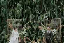 Wedding Of Radityo & Leonita - Mug Bambu Ekslusif by Greenbelle Souvenir