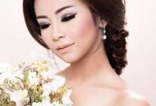 La Robe Bride by iin Beallstars by Berti