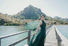 Labuan Bajo Prewedding by Huemince