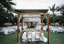 Beachfront Wedding at Sofitel Bali by WiB flowers