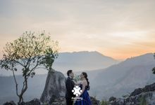 Harfy Chindy Pre-Wedding - You Are My Sunshine by Ducosky