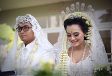 Arsyi and Galih wedding day by haryo radityo photography