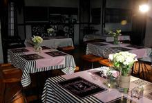 Table Setting Decorations by Hatiku Florist