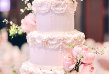 Wedding Cake for Kit & Kanishk by Haute Cakes Singapore