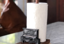 Piano tissue holder wedding souvenir  by Heidy Sulistyo Craft
