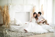 Kevin & Ertika Studio Session by Alethea Sposa