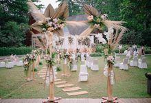From Intimate Wedding of Hana & Rio // Galea Belangi by Anaphalis Project Decoration