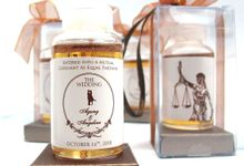 Personalised Honey in a Bottle by Fine Souvenir