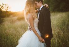Rustic chic Vintage Wedding by United Photographers