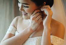 Hendric & Dian tying the knot by Hope Portraiture