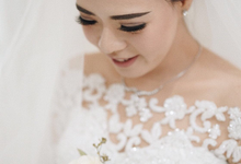 Hans & Gita tying the knot by Hope Portraiture
