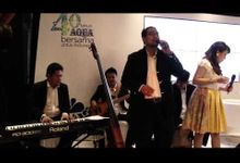 "INTERLUDE performing ""Indonesia Classic"" at 40th Anniversary of AQUA event. by Rolando Sambuaga"