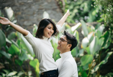 Karina & Mufti Couple Session  by HR Team Wedding Group