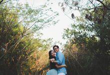 Esmond & Chui San Jakarta Engagement by Ian Vins