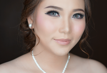 Wedding Yolanda  by Ika Puspita Makeup Corner