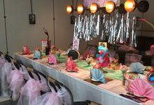 """""""Domestic Goddess Bachelorette"""" - stepford wives by Woohoo Party Supplies"""
