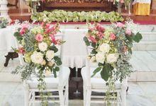 church decoration by Sweetbella Florist & Decoration