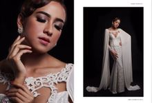 The Queen by Stephanie Wedding Bride