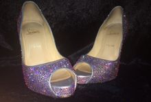 Swarovski crystal shoe strassing service by Crystal soles