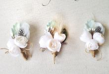 Corsages and Boutonnieres by Hummingbird Road