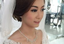 Make up artist by SANSAN Bridal