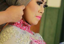 Sri Rahayu Wedding by Nayah Make Up Artist