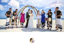 Wedding ceremony in Maldives by Oceanlove Studio