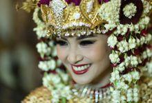 Traditional Palembang Wedding All The Way by Icha