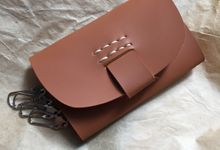Claudia Key Wallet by Anssy Crafts