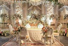 A Wedding at Taman Suropati by AIRY