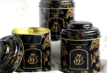 Personalized Tea Tin - Joseph & Sara by Red Ribbon Gift