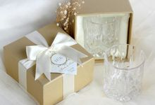 Scotch Glass - Hendra & Karlina by Red Ribbon Gift