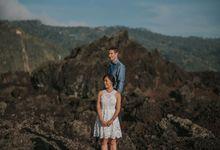 Ignacio & Mei Mei by Charlotte Sunny