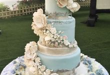 Flower In Blue by Sugaria cake