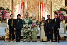 Dyan & Dale Wedding At Graha Batununggal Indah by Josh & Friends Entertainment