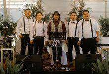 Nesya & Made Wedding At Peta Park by Josh & Friends Entertainment