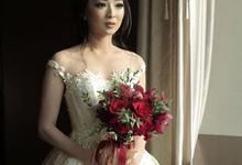 Sweet and Romantic Wedding by evelingunawijaya