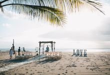 Beach Wedding by Flo Wedding Organizer