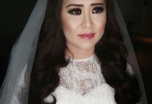 Ms EMILY's  Wedding Day by Alvon Makeup