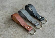 Card Holder & Keychain Series by L'estudio
