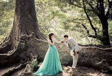 Yohanes & Fanny Prewedding by Priceless Wedding Planner & Organizer
