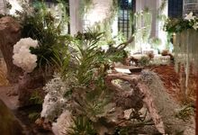 White Rustic by Suryo Decor