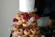 Wedding Doughnut by Sugaria cake