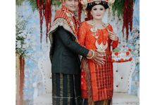 Traditional Batak Wedding by SLIGHTshop.com