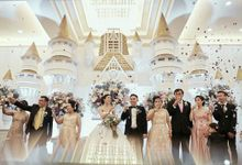 Donovan & Elisabeth Wedding at Menara Mandiri by Catalina Flora