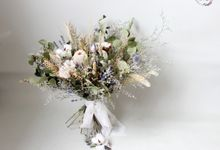 Dried Bouquet Wedding by Magnolia Dried Flower
