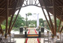 Wedding Ceremony At Udaya Resort by Becik Florist