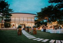 Rustic Wood Dhany & Andy Wedding At JGC by HR Team Wedding Group